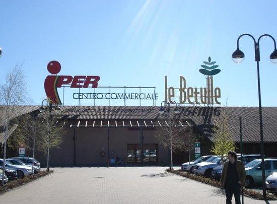 Centro Commerciale Le Betulle