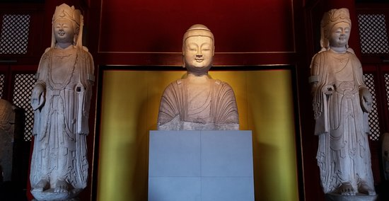 Forbidden City-The Palace Museum: Buddha Statues - Inside one of the museums
