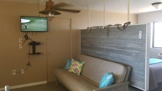 """South Beach Inn-Cocoa Beach: Room 18 """"ShipWrecked"""""""