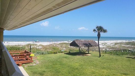 South Beach Inn-Cocoa Beach: Outside Room 18