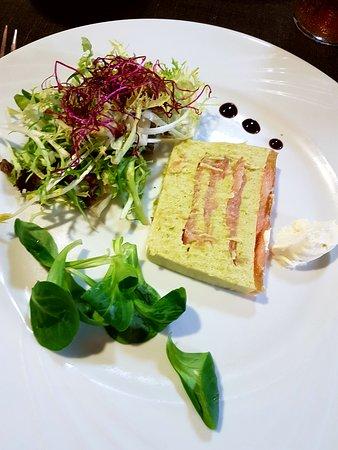 Auberge Saint Martin: bavarois asperges / saumon