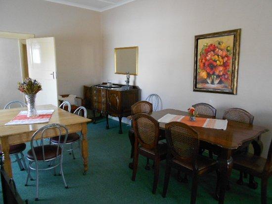Sutherland, Южная Африка: Lounge/ Dining Room