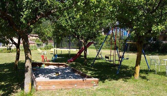 Giochi giardino usati con scivoli da giardino usati e giochi
