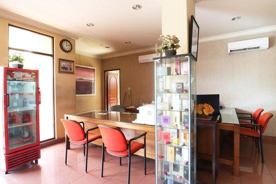 Interior - Picture of Hotel 678 Kemang, Jakarta - Tripadvisor