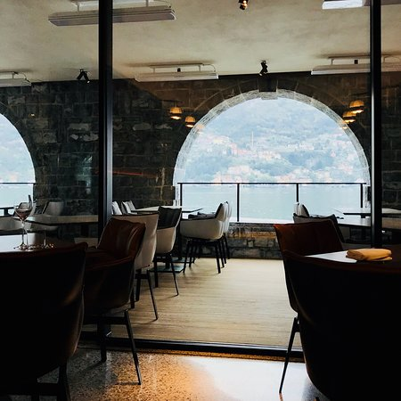 Torno, Italy: Ristorante Bertone al Lago Hotel il Sereno Eccellente in tutto