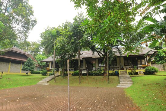 Hotel Desa Wisata Tmii Updated Prices Reviews Photos