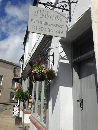 Cerne Abbas, UK: Front of tearoom