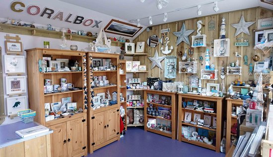 North Uist, UK: Interior of Coralbox gift shop