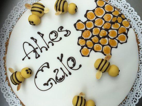 Molini di Tures, Italy: Imker Torte, Bienenfreunde