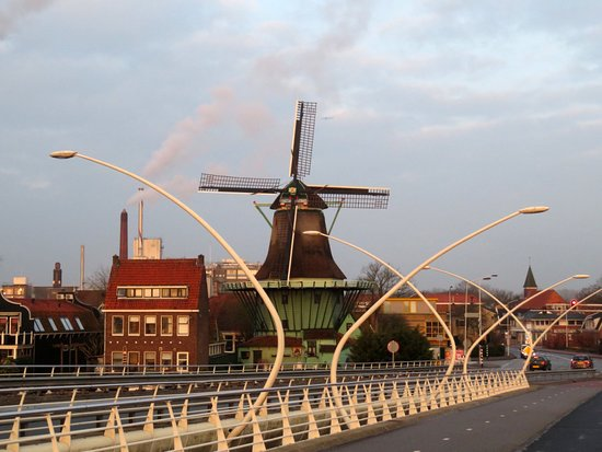 Zaanse Schans: Even in the city . . . !  Windmills are wonderful wherever they are.
