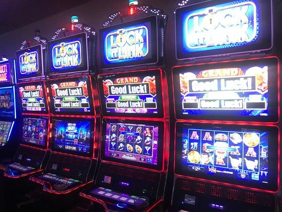 Le très populaire FU GUI JI LI - Picture of Casino Terrou-Bi, Dakar -  Tripadvisor