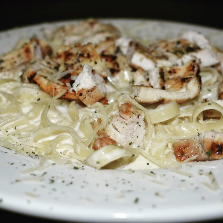Chino, Californië: Homemade Chicken Fettuccine