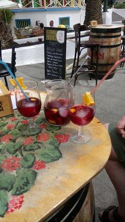 Las brasas flamenco bar : Refreshing Sangria