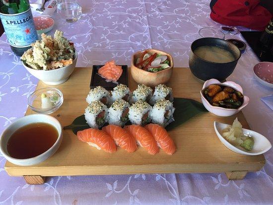 Tokyo Japanese Restaurant: Well balanced sushi plate