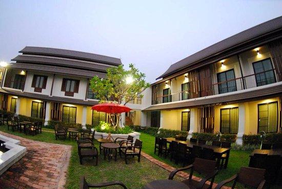 Nan Province, Thailand: สวน / Garden