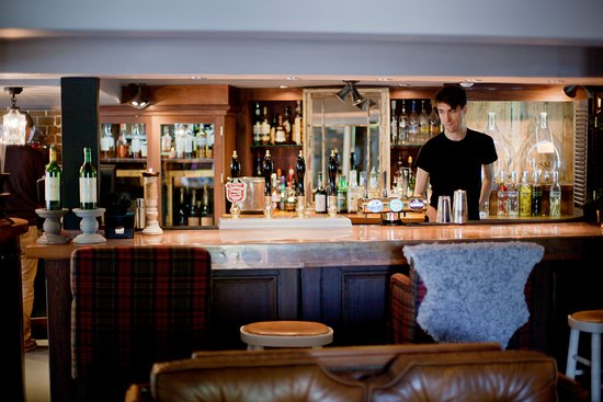 Highclere, UK: Bar