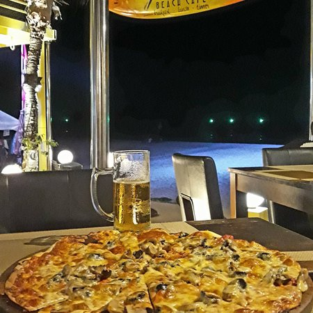 Coolest beach bar/restaurant in the area!