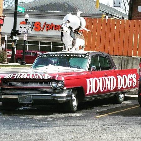 Hounddog's Three Degree Pizza: Hound Doggie