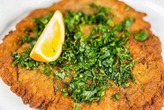 Венский шнитцель / Viennese Schnitzel / Wiener Schnitzel - Picture of  Steinbrau, Bishkek - Tripadvisor