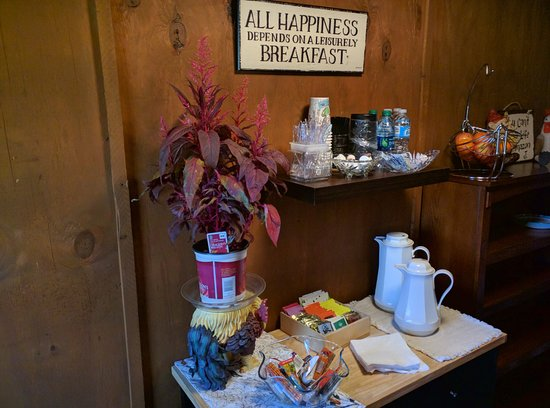 Garfield, AR: Afternoon Coffee & Tea with snacks