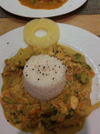 Restaurante El Fogon: poulet au curry