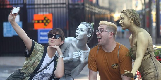 Ottawa, Canada: Living Statues on Sparks Street