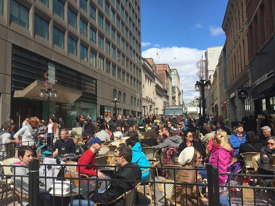 Ottawa, Canada: Patios on Sparks Street