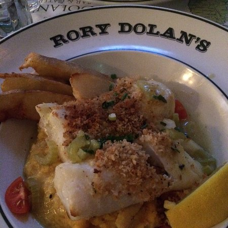 Yonkers, Нью-Йорк: What a lovely evening!  Wonderful Irish Coffee on a very cold evening and the cod on parsnips wa