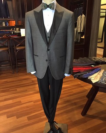 Phoenix, AZ: We offer unique ready-made off the rack suiting options that you won't find anywhere else!