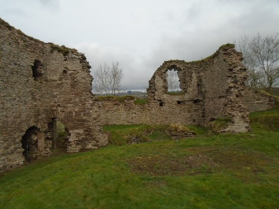 ‪Clifford Castle‬