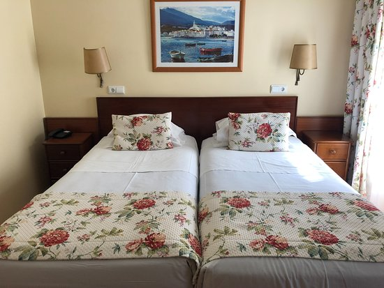 Residencial Florescente: floral room