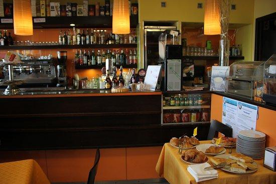 Bar Gauguin: Sala Interna apericena