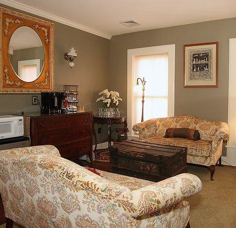 Willoughby, Οχάιο: Upstairs Sitting Room