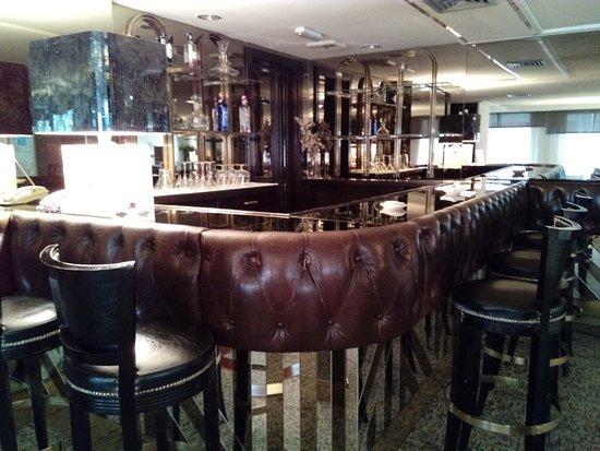 Royal Plaza Hotel: IMG_20180408_091630_large.jpg