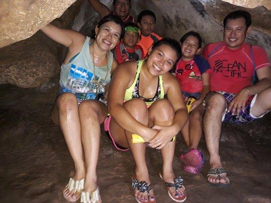 Tecoh, Messico: Parte estrecha de la gruta