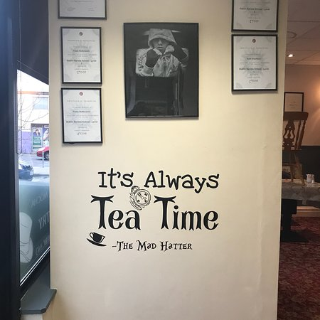 Stranorlar, Ireland: The Hatter Tea Room