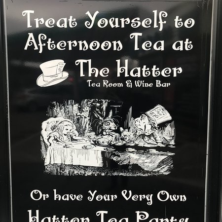Stranorlar, Irlandia: The Hatter Tea Room
