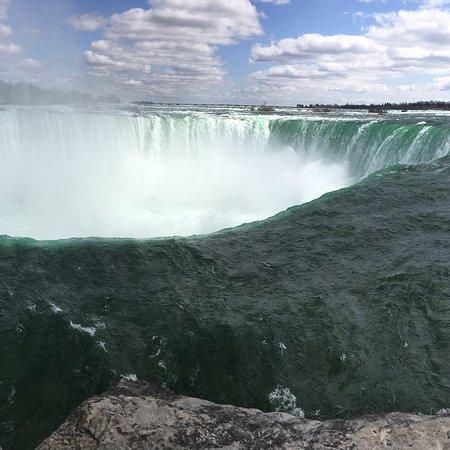 Niagara Falls One Day Sightseeing Tour from Toronto Photo