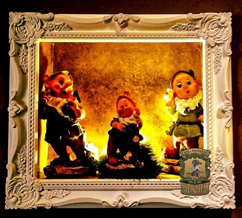 Spells Cafe Patisserie: From Snow White corner... The Dawrfs singing...