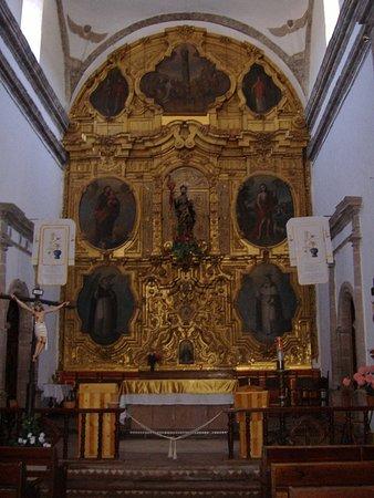La Mision de San Ignacio: the front interior
