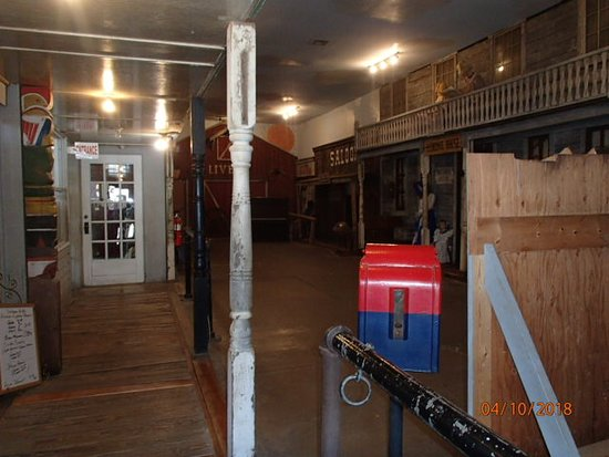 Coffeyville, KS: Inside of museum