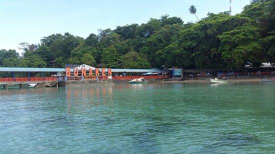 Bunaken Island, Indonesia: 20180409_091622_large.jpg