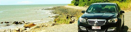 Cairns Region, Austrália: Green Ant Limousines Carins - Port Douglas Drive