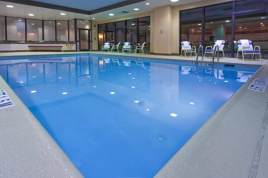 College Park, MD: Pool