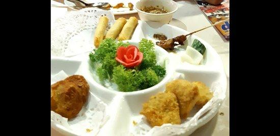 Fuqing Marina Bay Seafood Restaurant Screenshot 20180411 081946 Large Jpg