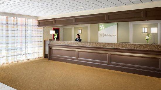 holiday inn boston brookline 153 1 7 2 updated. Black Bedroom Furniture Sets. Home Design Ideas