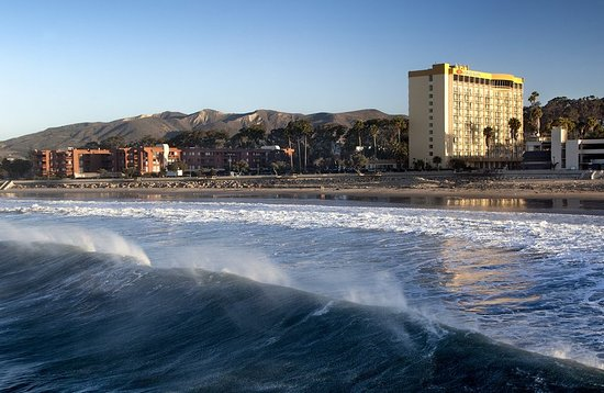 Crowne Plaza Ventura Beach