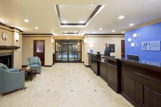 Cicero, NY: Lobby