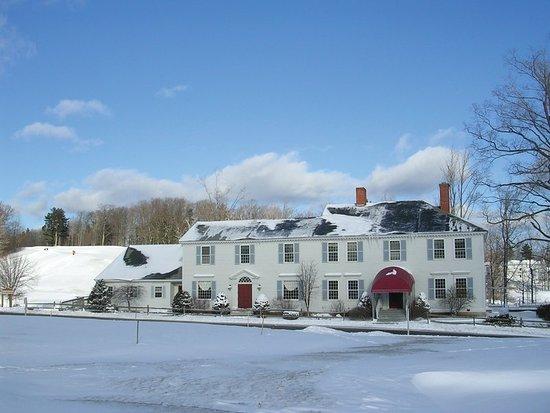 Francestown, NH: Exterior