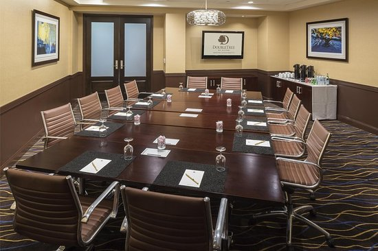Andover, MA: Meeting room
